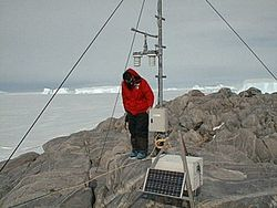 Tide gauge station data analysis global sea levels new zealand